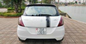 Cần bán gấp Suzuki Swift sản xuất 2014, màu trắng xe gia đình, giá 375tr giá 375 triệu tại Thái Nguyên
