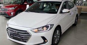 Cần bán Hyundai Elantra 1.6 AT đời 2020, màu trắng, 563 triệu giá 630 triệu tại Thanh Hóa