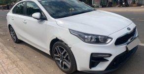 Bán Kia Cerato 1.6 MT sản xuất 2019, màu trắng, giá 555tr giá 555 triệu tại Hà Nội