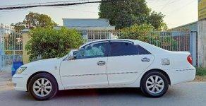 Xe Toyota Camry 3.0V năm sản xuất 2003, màu trắng giá 295 triệu tại Tp.HCM