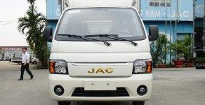 Xe tải Jac 990kg thùng kín 3m2 có sẵn giao ngay giá 230 triệu tại Tp.HCM